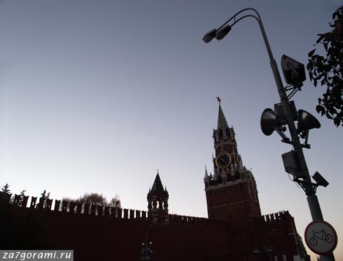 Московская башня с часами