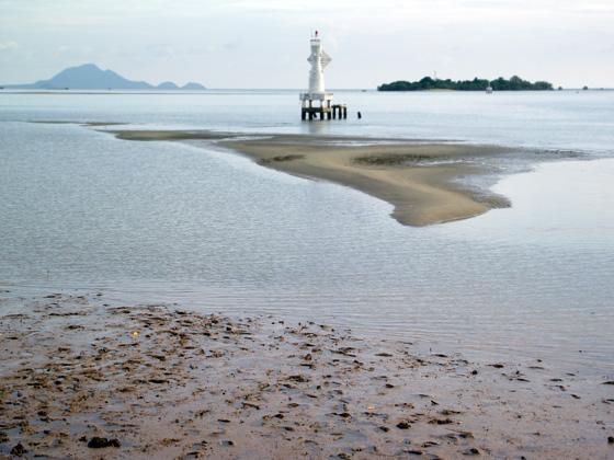 Андаманское море в районе порта Краби
