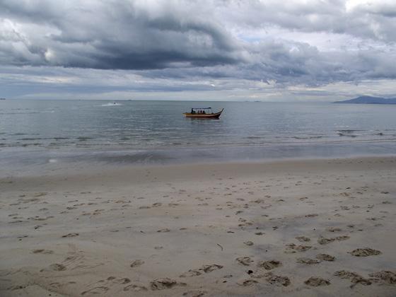 Пляж на острове Пенанг
