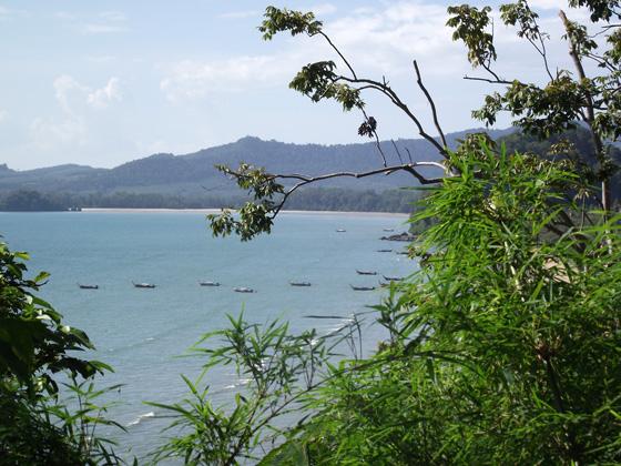 Лодки на пляже Ао Нанга
