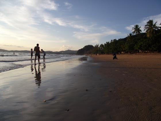 Пляж Ао Нанг вечером