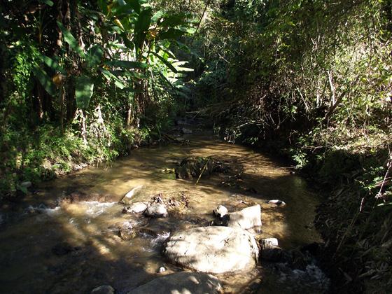 дорога на Mae Yen Waterfall