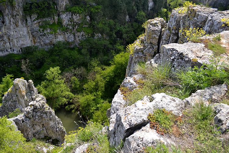 каньон у поселка емен, болгария