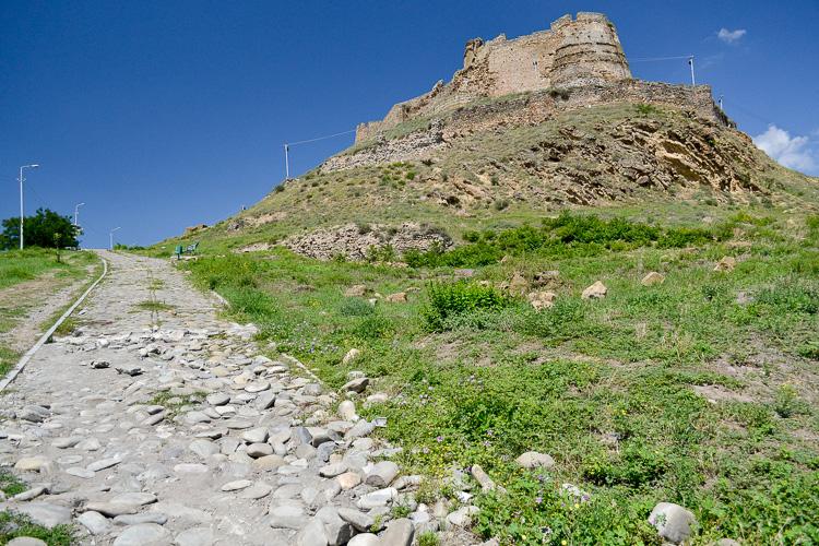 крепость в гори