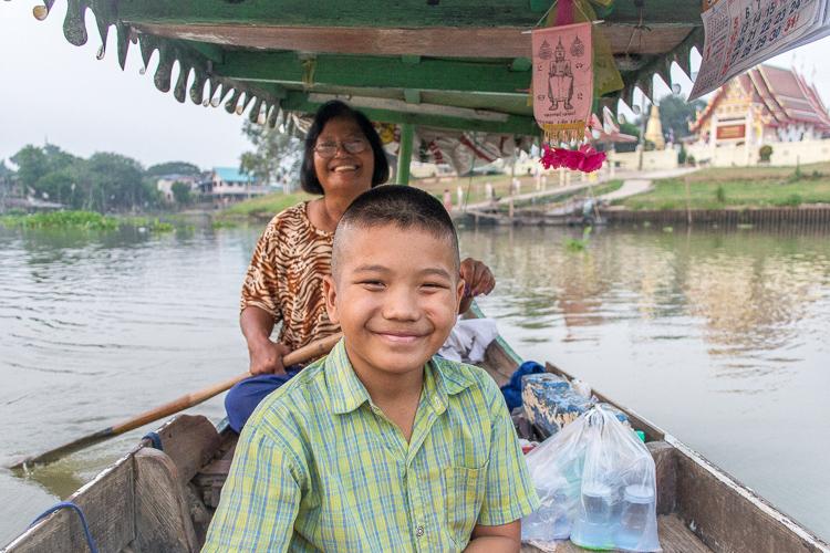 Паромщица, Аюттайя, Таиланд