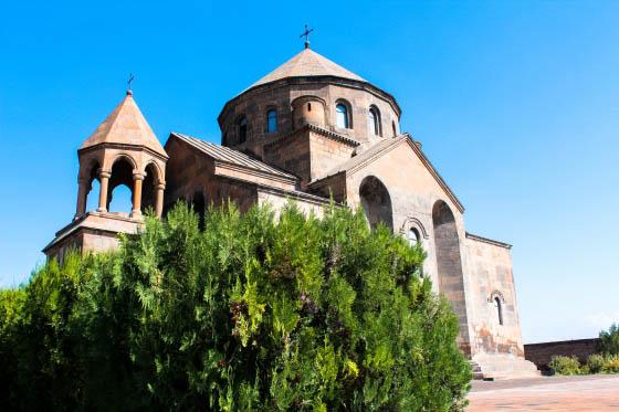 Церковь Св. Репсиме в Эчмиадзине