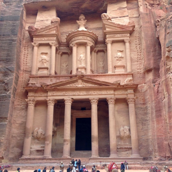 Первый храм на пути